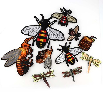 Mischen Stil Bee, biene Honig Patches Stickerei Eisen Auf Patch Dekoration Zubehör Bestickt Patch Für Kleidung Für T-shirt 1PC