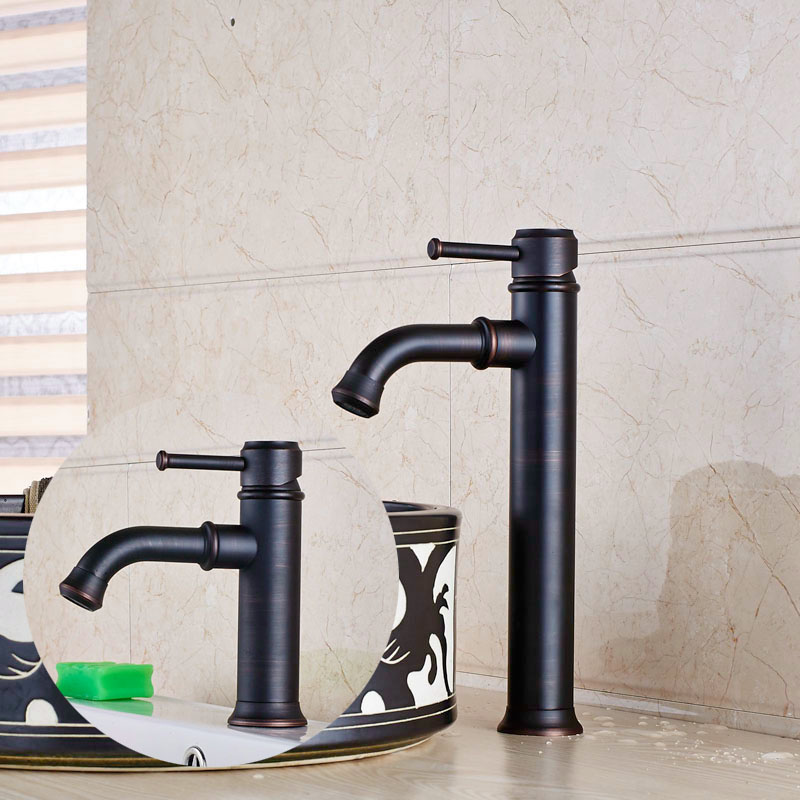 Waschbecken Wasserhahn. Top Hotel Badezimmer Waschbecken