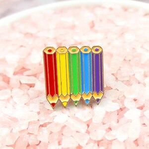 Цветная брошь-карандаш с пятью цветами, подключенная вместе, для учеников, учителей, художников и художников