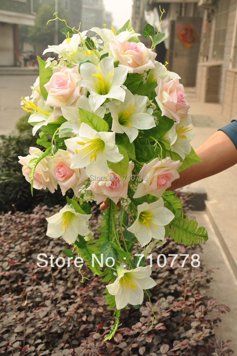 Online get cheap flower supplier aliexpress alibaba group wedding bouquet artificial fabric silk flowers wedding supplier decoration rose and lily bouquetchina dhlflorist Choice Image