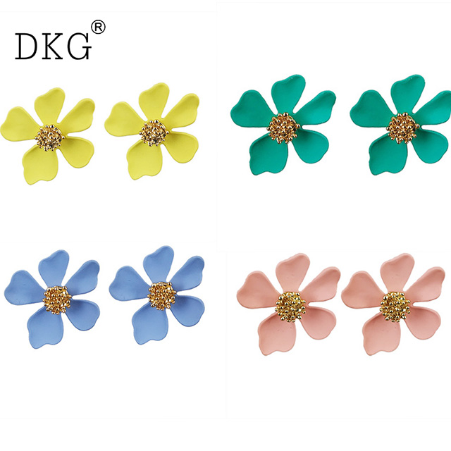 Nails Art & Tools 6 Pack/ Lot Water Decal Nail Art Nail Transfer Sticker Flower Vine Grass Daisy Petals Bow Tie Leaf Yu784-789 Elegant Shape