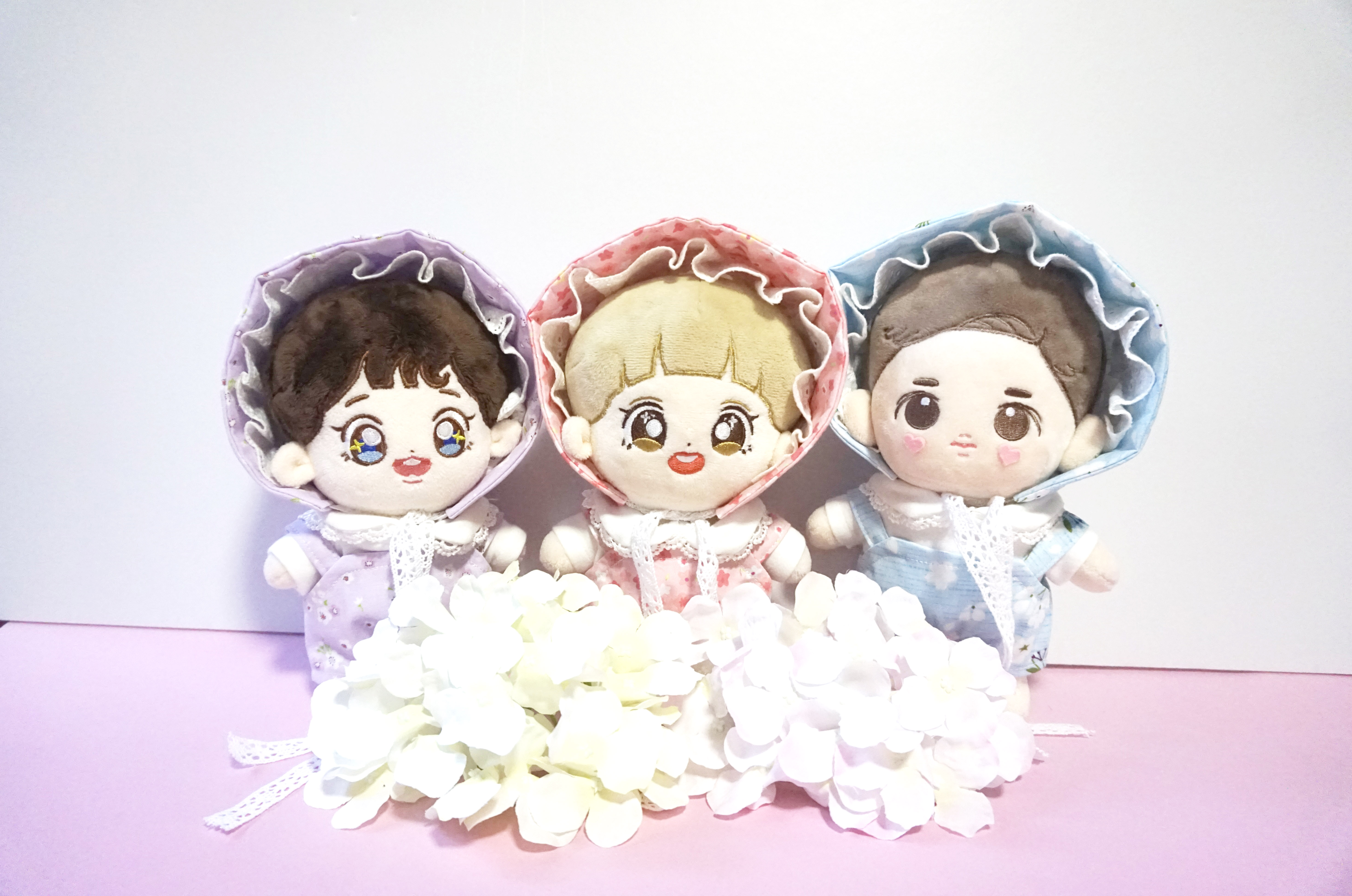цены [MYKPOP]EXO Floral Print Lace Hood & Romper Sets for Doll of 20cm CHANYEOL BAEKHYUN SUHO KPOP Fans Collection SA18092801