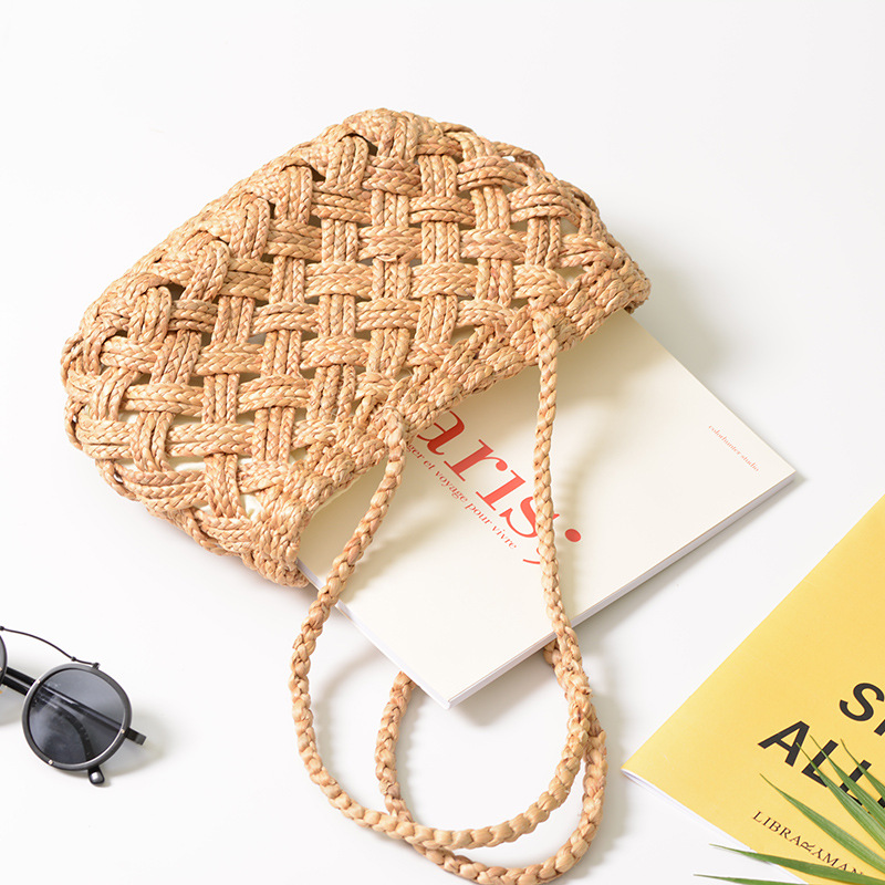 Large Capacity Lady Handbag Summer Straw Shoulder Bags For Women Handmade Rattan Woven Travel Tote Bags Boho Hollow Beach Bag