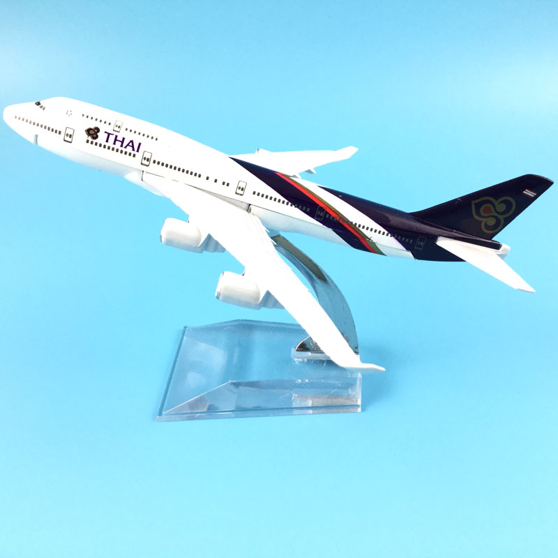 Thai Airways International Boeing747 16cm Model Airplane Kits Child Birthday Gift Plane Models Toys Free Shipping Christmas Gift
