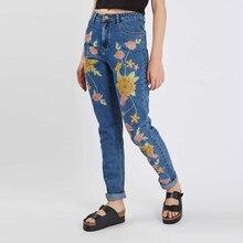Bordado Floral Jeans Mujeres 2017 Pantalones Harén de Mezclilla Azul Capris De Cintura Alta Mujeres Jeans Pantalones Mujer Bordado Jeans Rotos
