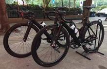 Kalosse węgla rower szosowy z włókna węglowego 700C * 23 opony 48 52 54 56 cm rower szosowy węgla 18 20 22 prędkości rower szosowy tanie tanio Podwójne hamulce tarczowe 18 kg 0 1 m3 Koralik pedału Wiosna wideł (niska biegów bez tłumienia) 9 kg 160 kg 150-200 cm