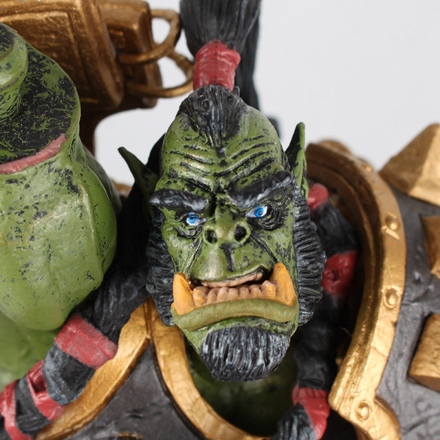 26cm DC WOW Thrall The Orc Shamman Action Figure Toys Thrall The Orc Shamman Doll PVC ACGN Figure Collectible Model Toy 3