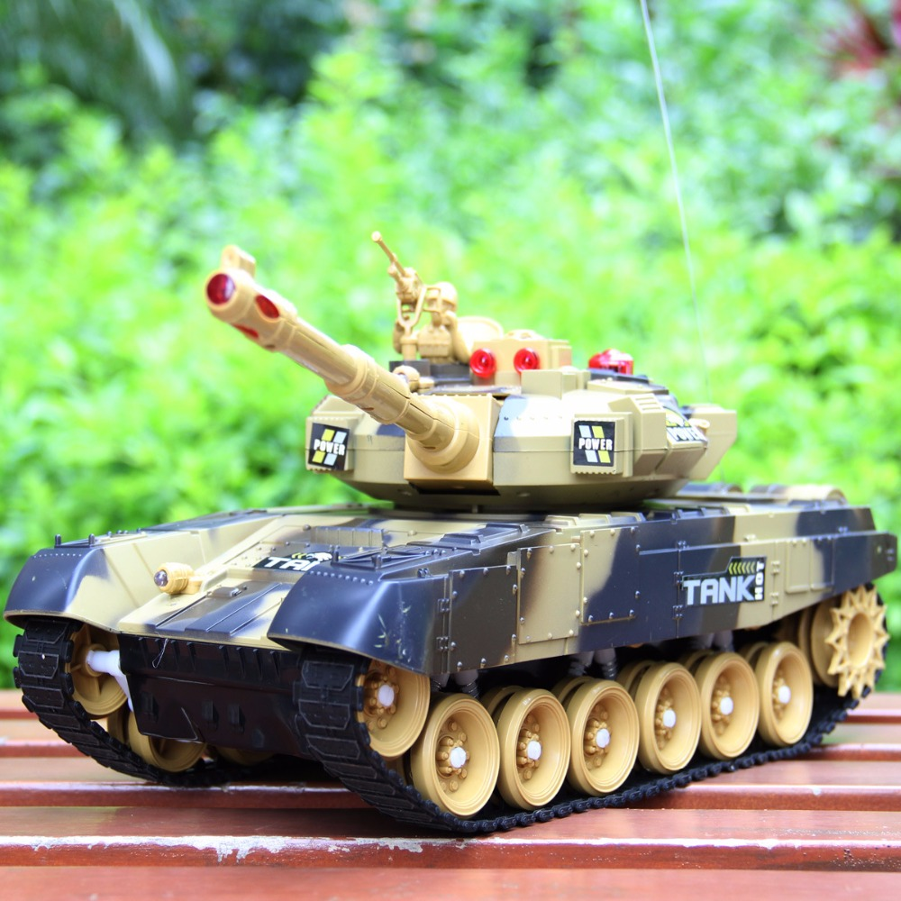 2017 new Tank world Remote battle tank 9995 44cm  large size Track charging remote control vehicle car model Parent-child toy
