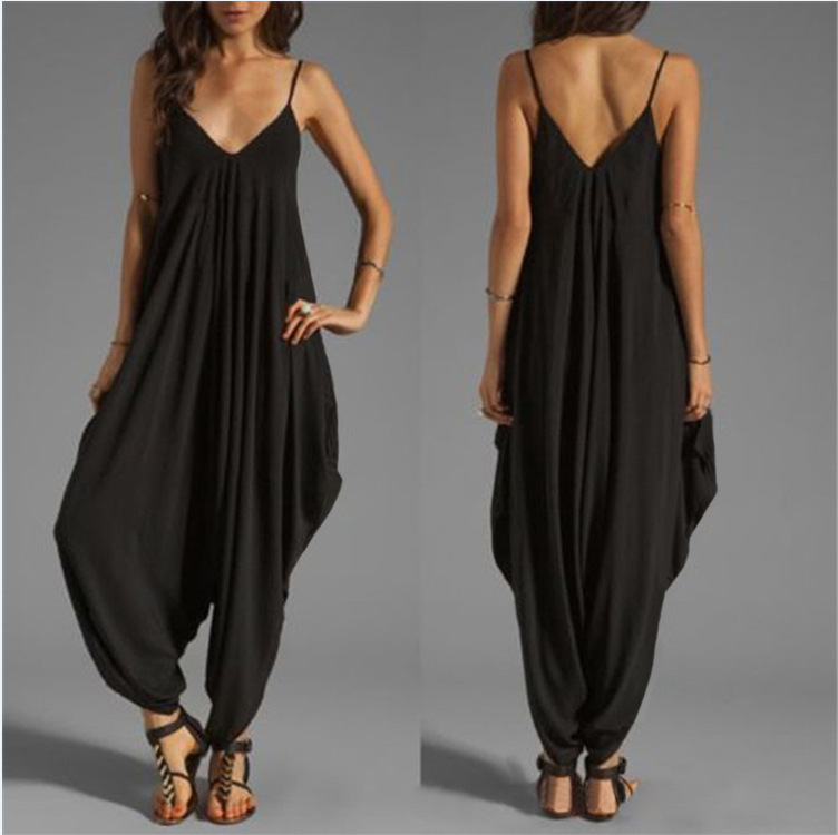 Low-cut V-neck Sexy Suspender Jumpsuit Loose Beach Casual Loose Women Jumpsuit Large Size YD1047