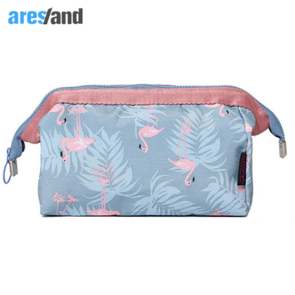 2017 New Large Capacity Women Travel Cosmetic Bag Organizer Makeup Bag Cosmetics Bags Stuff Wash Storage Bags Kit Zipper
