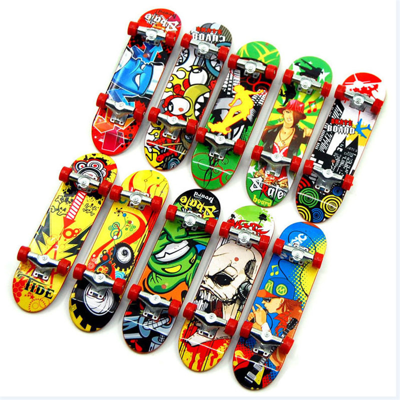 5pcs High Quality Cute Party Children's Mini Finger Board Fingerboard Alloy Skateboard Boarding Toy Gift
