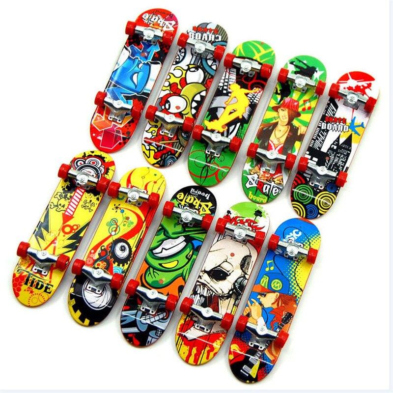 5pcs High Quality Cute Party Children's Mini Finger Board Fingerboard Alloy Skateboard Boarding Toy Gift