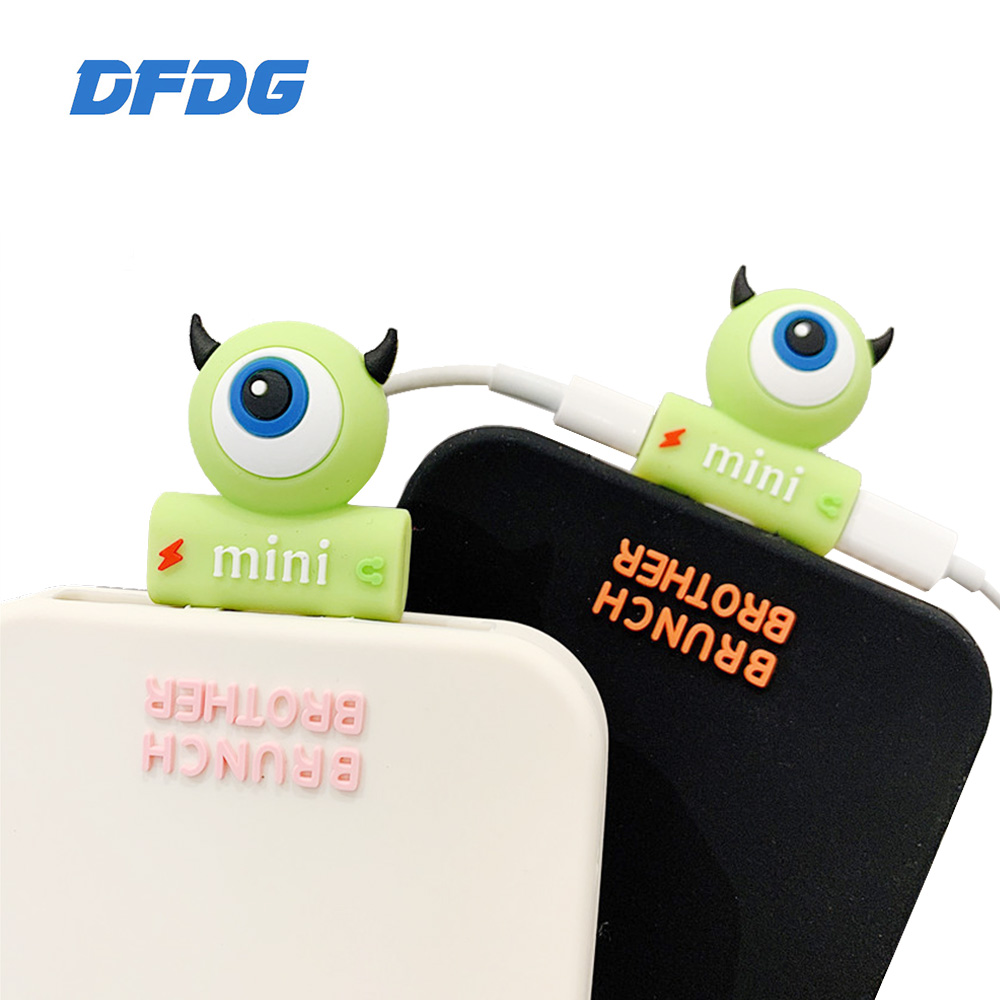 Cartoon <font><b>Adapter</b></font> For <font><b>iphone</b></font> <font><b>7</b></font> 8 plus X 10 For lighting to Double Splitter Jacks Audio Charging <font><b>Adapter</b></font> 2 in 1 Earphone <font><b>Adapter</b></font> image