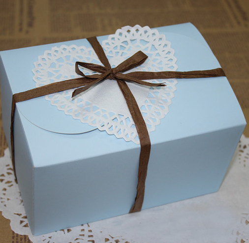Wedding Gift Packaging: Free Shipping 10pcs/lot Skyblue Paper Cake Packaging Box