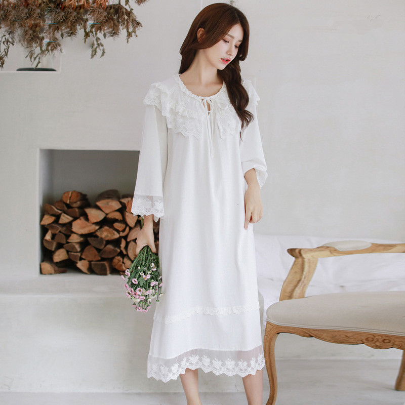 New Arrival Autumn Women Elegant blend cotton Lace Floral Gown Lady Princess Sexy Floral Sleepwear Nightgowns Retro 8092