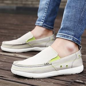 Image 2 - UPUPER לנשימה נעליים יומיומיות גברים בד נעלי 2020 קל משקל עצלנים גברים נעלי נהיגה דירות הליכה סניקרס גברים