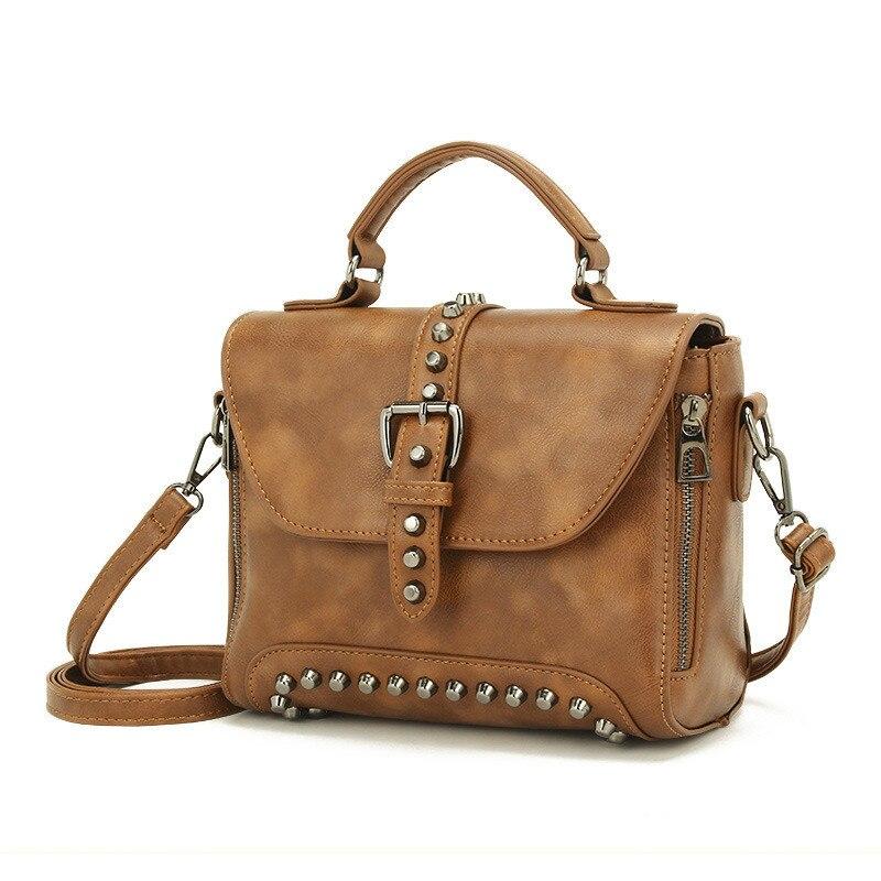 Bag female 2019 new ladies handbag Korean version of the rivet shoulder bag fashion PU leather messenger bag