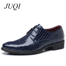цены New Imitate Snake Leather Men Dress Shoes Lace Up Business Men Pointed Toe Oxfords Shoes Brand Men Wedding Shoes Big Size 38-48