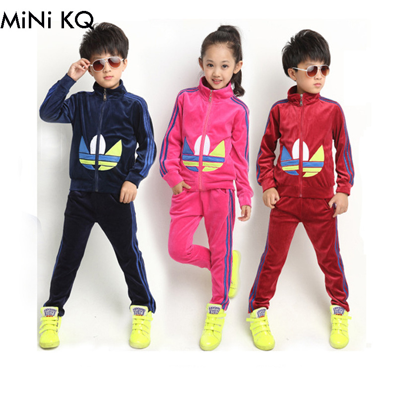New 2014 Korean Kids Outfit Children Boy Autumn Velvet Sport Suit Kids Girl Jacket Hoody Coat with Pant Set Clothing 2015 new arrive super league christmas outfit pajamas for boys kids children suit st 004