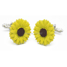 2015 New Fashion Sunflower Cufflinks High quality Yellow flower Design Cuff links Men French shirt Cuffs Cufflink for Wedding