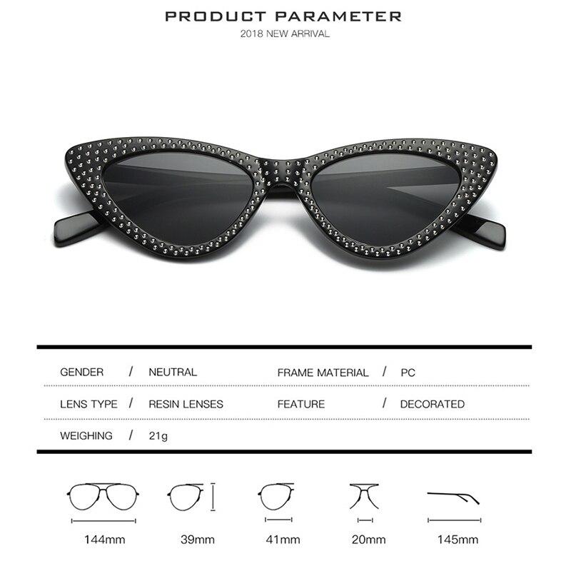 Prouddemon 2018 Nouvelle Marque Cat Eye lunettes de Soleil Femmes De Mode  Triangle Petite Taille Cadre Dimond Lunettes Couleur Objectif Soleil  Lunettes ... 27e1a63f038b