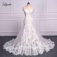 Liyuke Elegant Sweetheart Embroidery Appliques Lace Mermaid Wedding Dress Count Train Lace Up Sleeveless Trumpet Bride