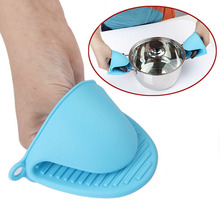 Free shipping Baking tools, thickening insulating gloves, microwave oven gloves