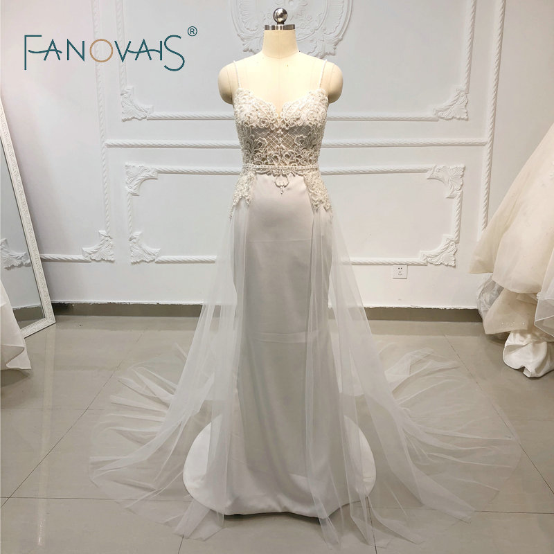 Vintage Beach Boho Wedding Dresses Spaghetti Straps With Tulle Train Wedding Gowns Sheath Bridal Gown Vestido De Novia 2019