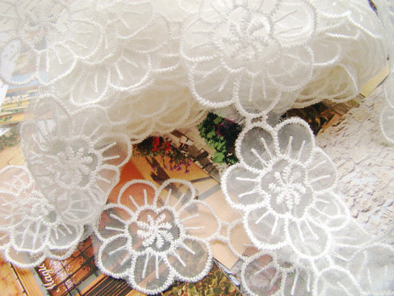 Daisy lace applique organza bridal flower girl lace
