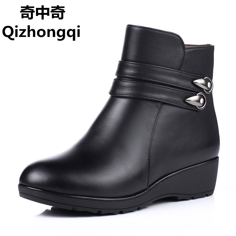 Plus size 41 42 43 middle-aged women snow boots wool genuine leather new winter ankle boots thick non-slip mom shoes boots цены онлайн