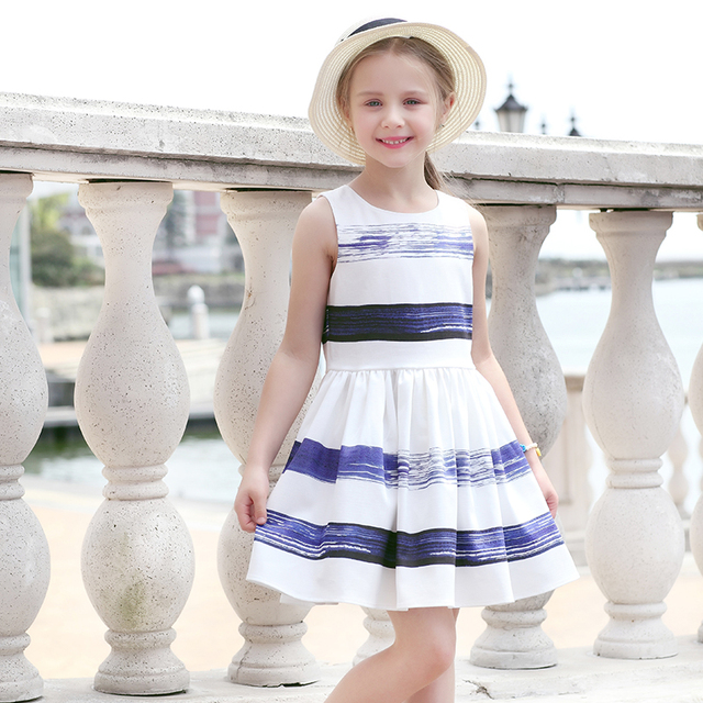 b3f89ac557f4 ... 2018 Striped Dress European and American Style Family Matching Outfits  Mother Or Daughter Dress Sleeveless Party