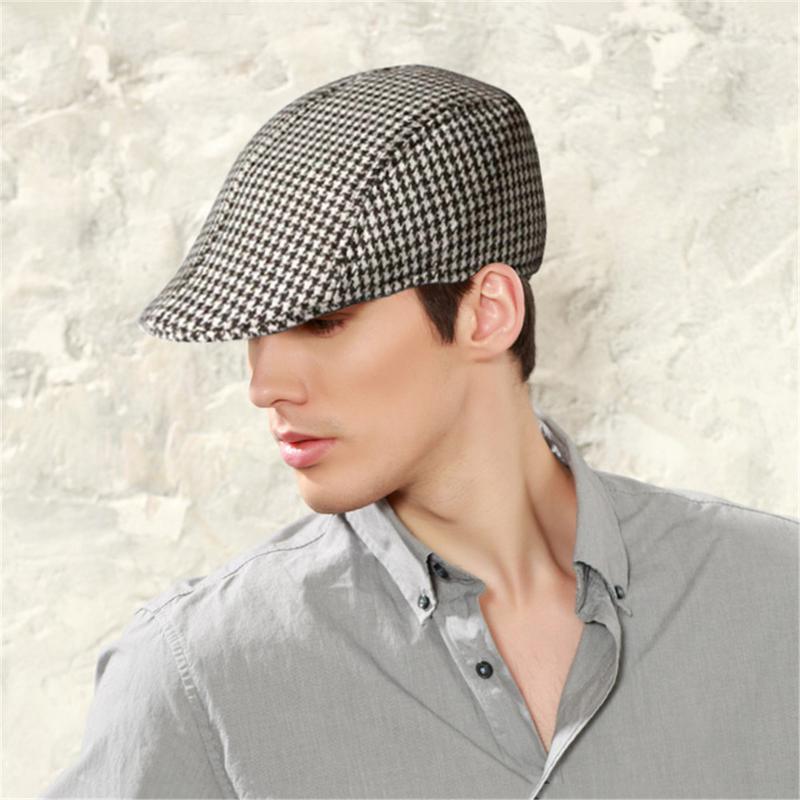 Simple Houndstooth Pattern Outdoor Warm Keeping Golf Beret Flat Cap Casual  Peaked Cap Golf Hat For Men   Women d5252d5365c