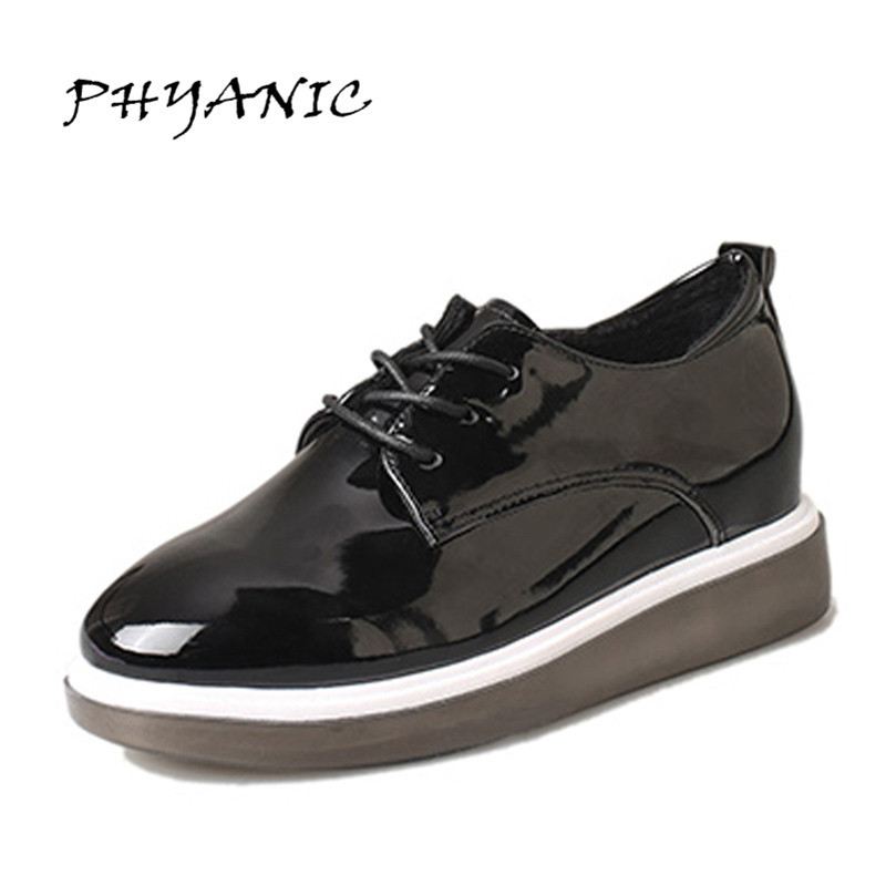 New 2017 Women Flats With Sewing Decoration Oxfords Casual Square Toe Shoes Woman Lace-up Solid Color Soft Leather Feetwear