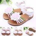 2016 verano infantil zapatos de bebé Sun Flowers sandalias de la muchacha duro suela bebés puño Walker cuero de la PU 0-1 año