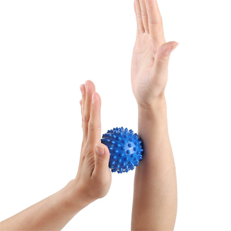 7cm 8cm Durable PVC Spiky Massage Ball Trigger Point Sport Fitness Hand Foot Pain Relief Plantar Fasciitis Reliever Hedgehog in Yoga Balls from Sports Entertainment