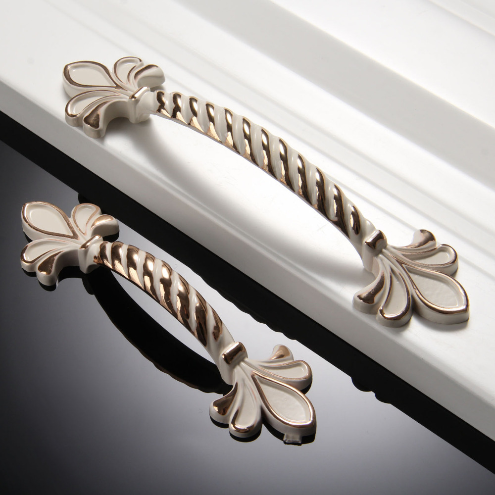 64mm/96mm European Cabinet Knobs and Handles Door Handle Zinc Alloy Cupboard Handles Drawer Pull Fittings for Furniture Hardware furniture drawer handles wardrobe door handle and knobs cabinet kitchen hardware pull gold silver long hole spacing c c 96 224mm