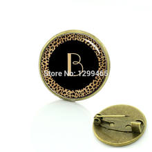 2017 Tempo-limitado Broches Para Broche Estampa de Leopardo Mong Arte Pino de Metal Letras Iniciais Pture Broches Crachá Do Vintage C 1271(China)