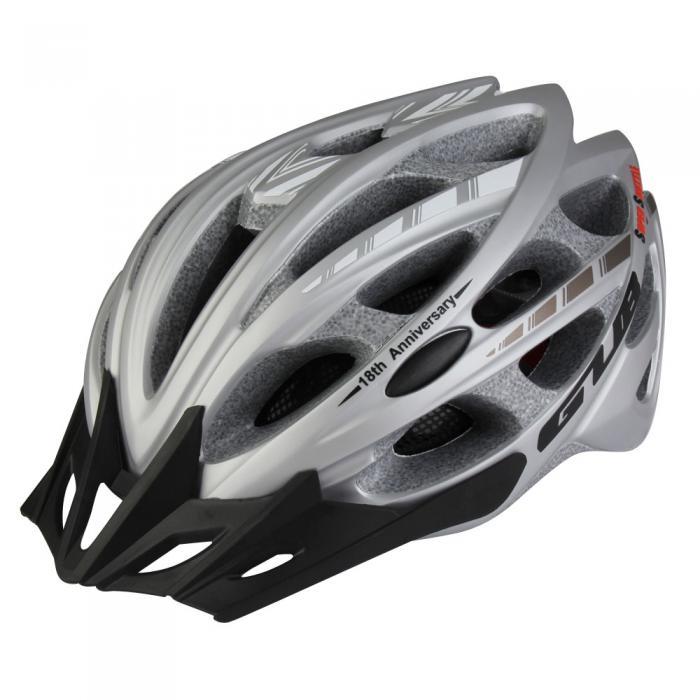 Moulée intégralement Casque De Vélo Lumière Vélo De Route Vélo Casque VTT Capacete Taille 57 61 cm 9 Couleurs 30 évents dans Casque de vélo de Sports et loisirs