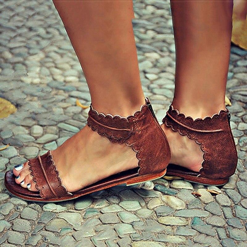 Modelos de explosión de gran tamaño zapatos planos de las mujeres anillo de cabeza de cinturón hebilla plana con encaje damas sandalias transpirables
