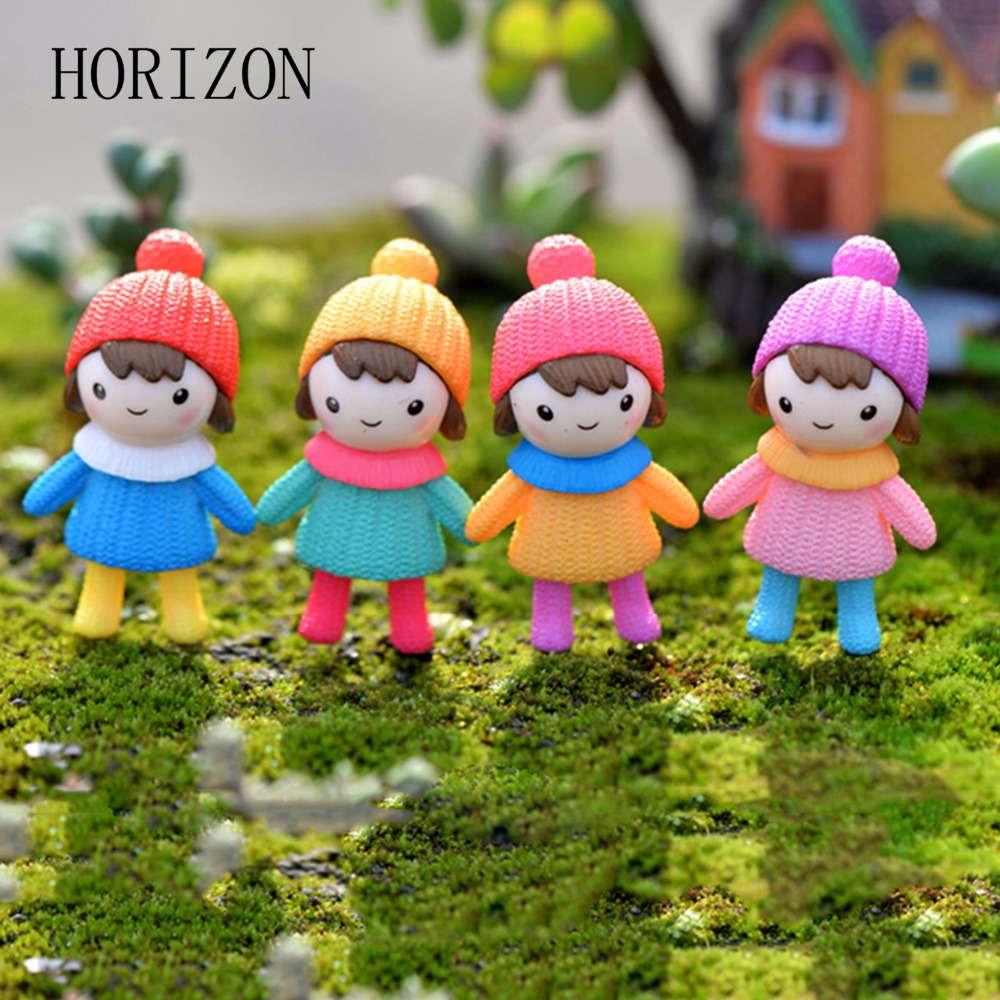 4PCS Cute Mini Figurines Miniature Girl Doll Resin Crafts Ornament Fairy Garden  Gnomes Moss Terrariums Home