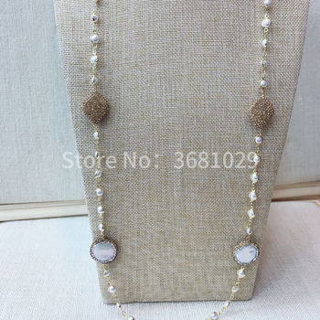 2018 fashionable and simple female pearl necklaces
