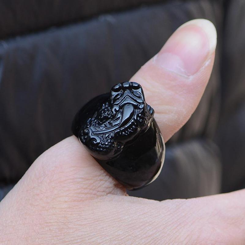 Natural Hitam Obsidian Batu Cincin Ukiran Pasukan Berani Hewan Misterius Mens Cincin Ukuran 10 12 Pendatang Baru 2017 Aneis
