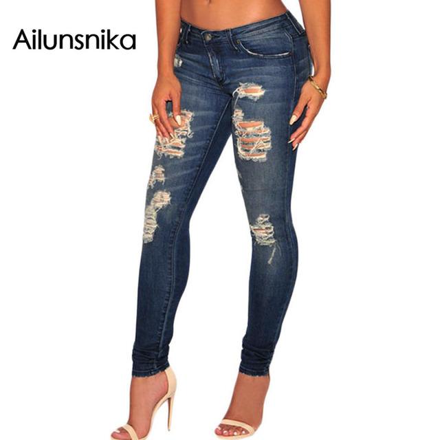 Ailunsnika Nueva llegada de Las Mujeres Jeans Destroyed Nuevo 2017 ladies Light Jeans Rotos Lápiz Azul Denim Bigotes Lavado flacos DL78659