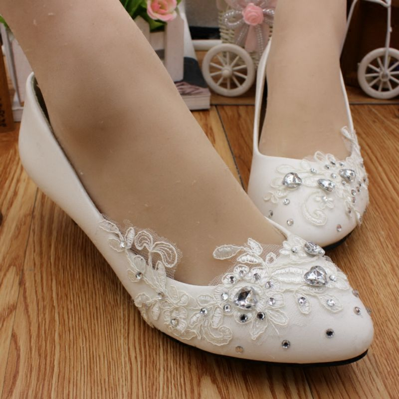 Woman wedding shoes for bride white lace handmade romantic lace crystal silver rhinestones bridal wedding shoes HS056 metting joura wedding party romantic metal leaf with crystal rhinestone beads headband bride bridal hair accessories