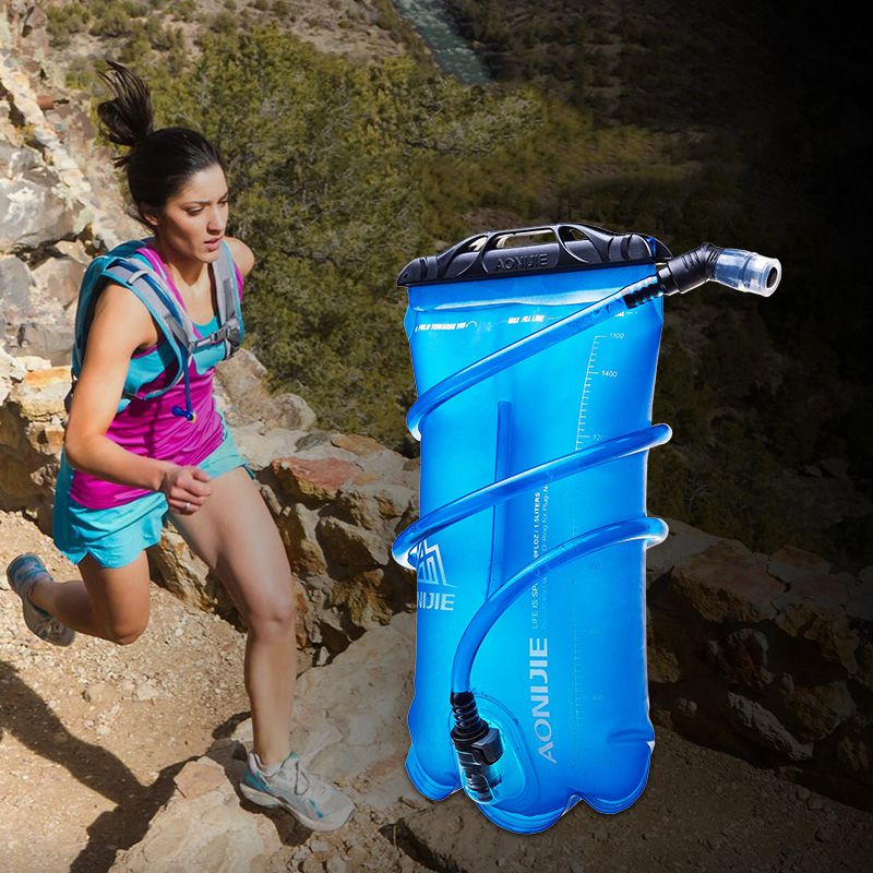 2017 Outdoor Water Bag Men Women Outdoor Sport Camping Hydration Bladder Riding Running Camping Folding Water Bag
