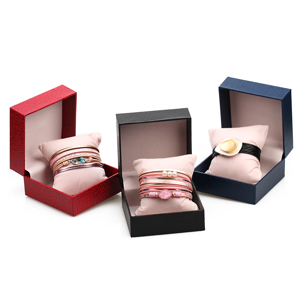 ZG New 1pc Square Jewelry Organizer Box For Bracelet Display Gift Box Holder Black Red Blue With Pillow Inside