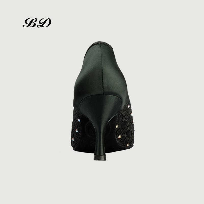 مصنع المخرج أعلى أحذية الرقص قاعة النساء اللاتينية أحذية BD 188 الجاز الحديثة الساتان الأسود زهرة الحفر عالية 7.5 سنتيمتر الكعوب فتاة الساخن