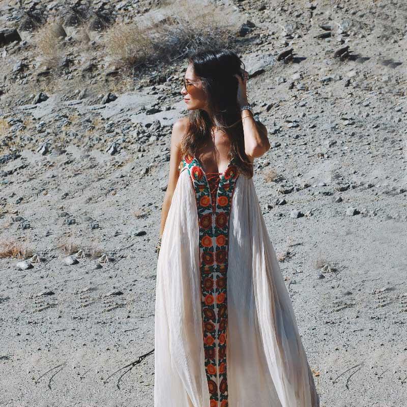 Boho inspiré 2018 Robes d'été sans bretelles floral broderie sexy blanc maxi robe longue femmes Robes hippie chic Robes Vestido