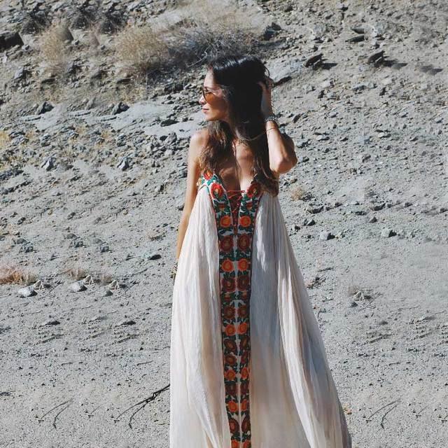 9a5487c13 Boho Verano de 2018 vestidos sin tirantes bordado floral sexy blanco maxi Vestido  largo vestidos de