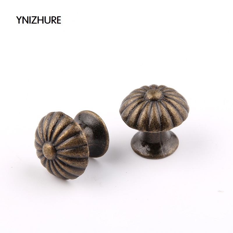 2017 Special Offer Cabinet Knobs Ynizhure 30pcs 18*17mm Small Bronze Dome Antique Handle Drawer Pull Trim Single Hole Alloy 2017 puxador cabinet knobs ynizhure 30pcs 18 16mm flower bronze silver dome antique handle drawer pull trim single hole alloy